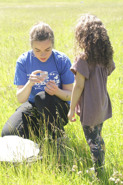 Steph Skipp engaging the next generation at a BioBlitz event